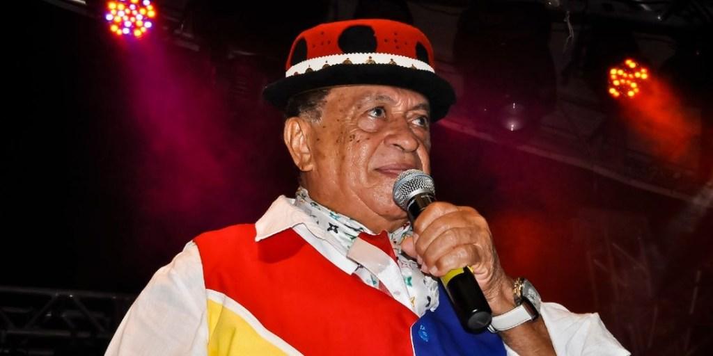 whatsapp image 2020 12 01 at 164739 1024x512 - Cantor Genival Lacerda segue internado em hospital de Recife; Assessoria pede que não compartilhem notícias falsas