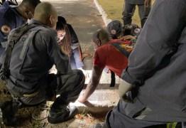 Criança de 8 anos fica presa em bueiro durante brincadeira e é resgatada por Corpo de Bombeiros