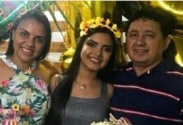 """EXCLUSIVO! Filho do suspeito de assassinar esposa e enteada diz que seu pai sofria muito e que deixou cartas: """"Ela roubava, traia e humilhava"""""""