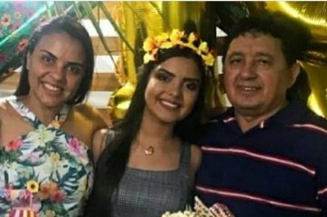 """whatsapp image 2020 12 18 at 112351 e1608305346136 1 - EXCLUSIVO! Filho do suspeito de assassinar esposa e enteada diz que seu pai sofria muito e que deixou cartas: """"Ela roubava, traia e humilhava"""""""