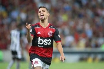 Flamengo recebe proposta de clube árabe para emprestar Michael