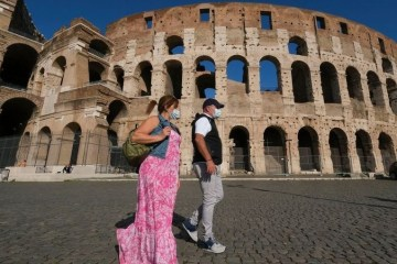 1wood0a2x4bjzup03z0obwdh9 - ACELERAÇÃO DA PANDEMIA: Itália vai colocar um quarto da população em lockdown