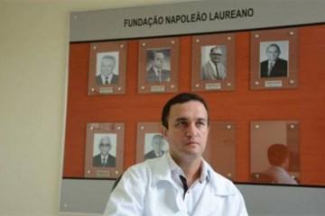 Alzheimer Rodrigo Marmo close 696x452 1 - MEMÓRIA VOLTANDO: cirurgia de médico brasileiro reverte Alzheimer