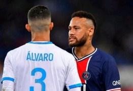 Jogador espanhol volta a responder Neymar: 'Uma pessoa muito menos inteligente'