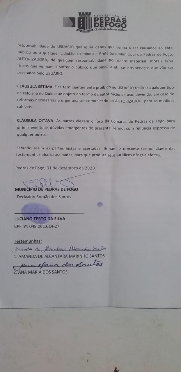 WhatsApp Image 2021 01 02 at 09.52.39 1 - Populares de Pedras de Fogo acusam prefeito Manoel Junior de mandar demolir quiosque durante feriado - VEJA VÍDEO