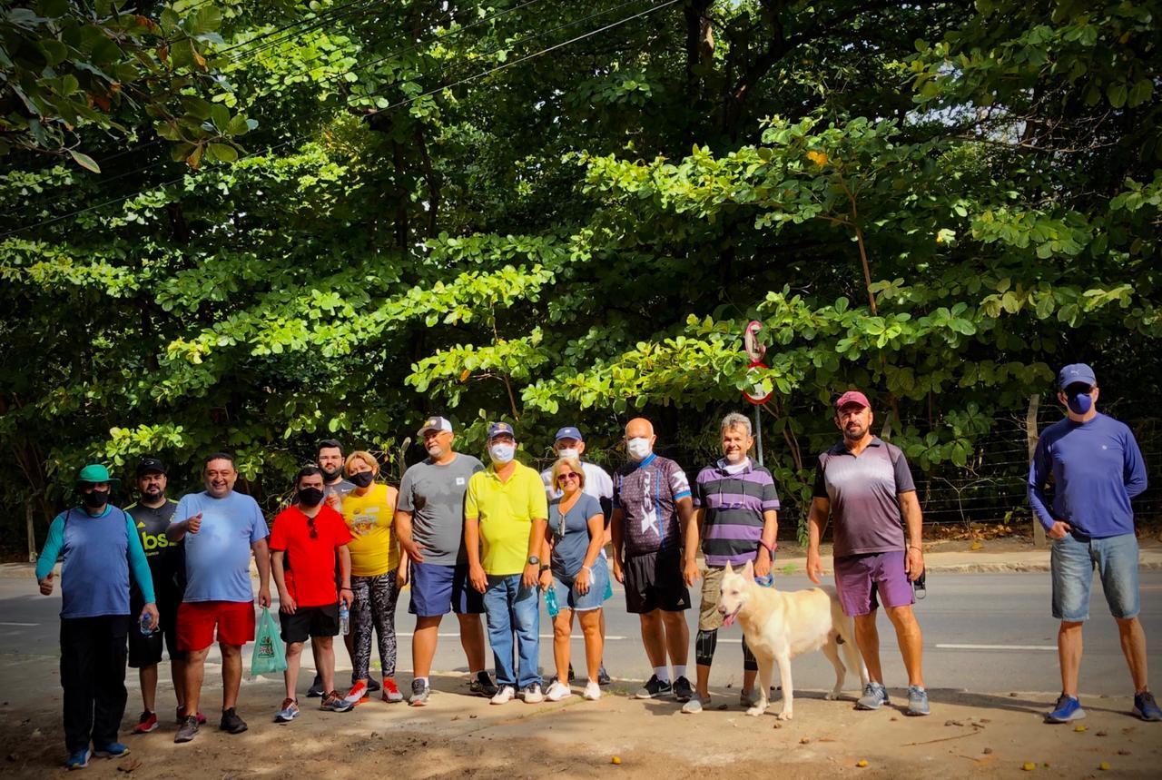 WhatsApp Image 2021 01 13 at 15.55.07 - Vereadores e moradores participam de caminhada ecológica no Parque Ambiental Boi Só para registrar irregularidades e discutir melhorias