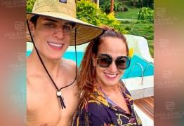 """Paraibano Tiago Ramos se declara para mãe de Neymar em seu aniversário: """"Te amo"""""""