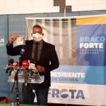WhatsApp Image 2021 01 27 at 10.34.56 600x400 1 - PRESENTE?! Alexandre Frota ironiza gastos do governo e distribui leite condensado na Câmara - VEJA VÍDEO