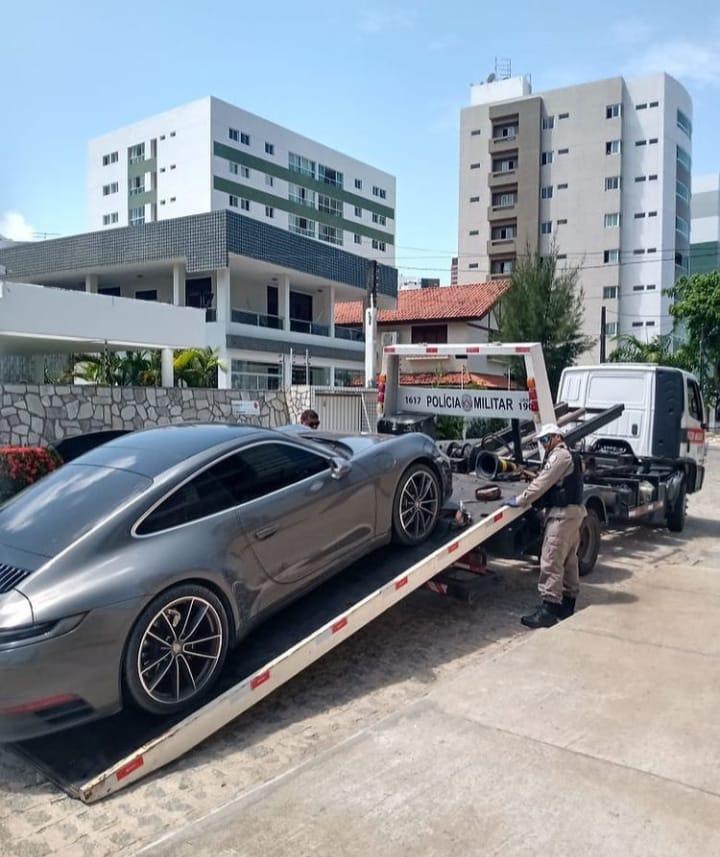 WhatsApp Image 2021 01 30 at 13.29.47 - RICO DE TAUBATÉ? Carro importado de influenciador Cassiano é apreendido em blitz