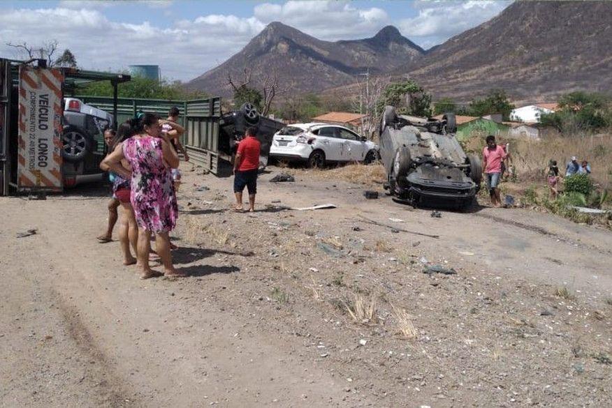 acidente itapaje ce - EXEMPLO! Prefeita médica deixa cerimônia de posse para atender vítimas de acidente