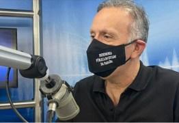 """""""NÃO CABE POLÍTICA OU IDEOLOGIA"""": Aguinaldo Ribeiro diz que politização da pandemia foi """"nociva"""" ao Brasil – VEJA VÍDEO"""