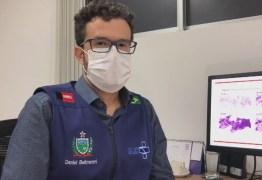 Cidades estão antecipando grupos etários de vacinação contra covid-19 devido à baixa procura, afirma secretário