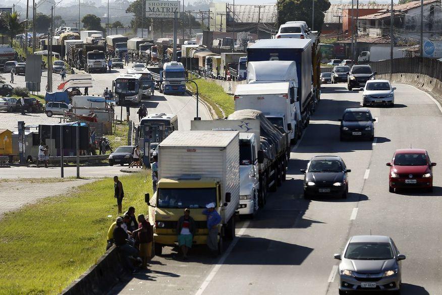 greve caminhoneiros - Greve dos caminhoneiros está confirmada para a próxima segunda-feira, diz presidente de associação