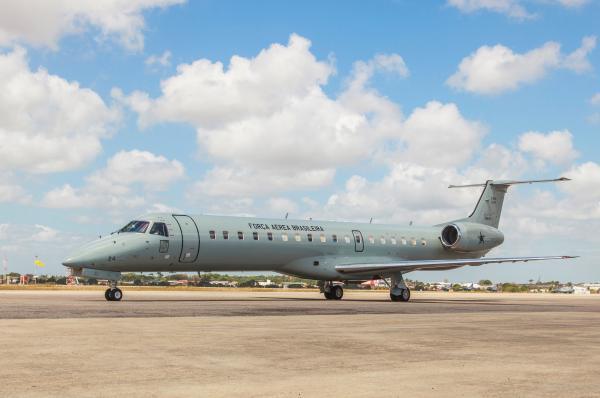 i2111417120009180 - MINIMIZANDO IMPACTOS DO CAOS: Força Aérea transporta pacientes de Manaus para outras capitais
