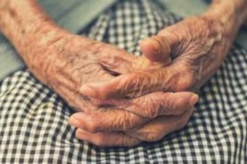 idosa 1 - Dez dias após enterro, senhora aparece viva