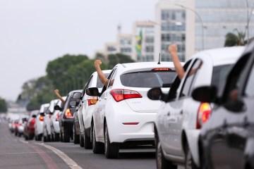 Motoristas de aplicativos organizam protesto contra preço de combustíveis em João Pessoa e pedem que sejam imunizados contra covid