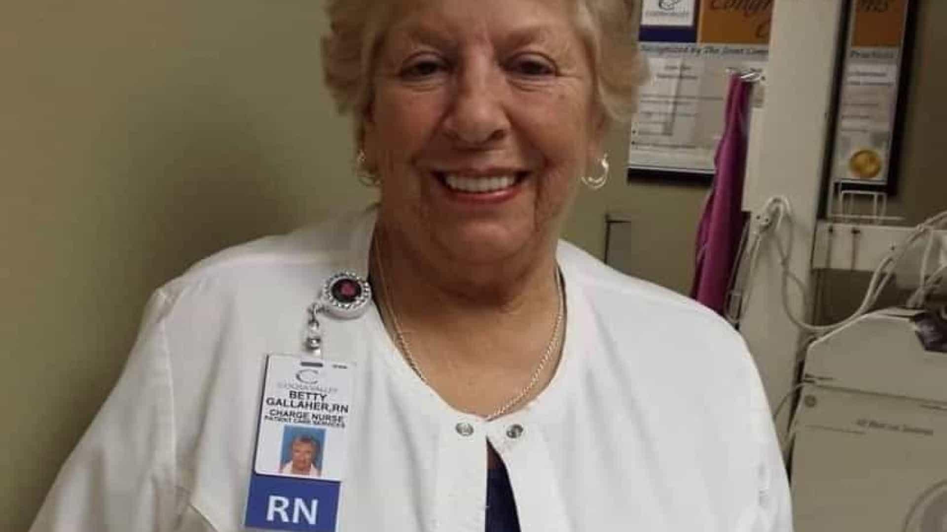 naom 6006974aafaee - Enfermeira que recusou se aposentar na pandemia morre de Covid-19