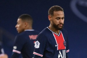 ney 300x201 - Neymar desfalcará o PSG na estreia de novo técnico