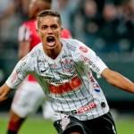 pedrinho corinthians - SITUAÇÃO FINANCEIRA: Corinthians prioriza pagamentos de salários atrasados e espera dinheiro da venda de Pedrinho