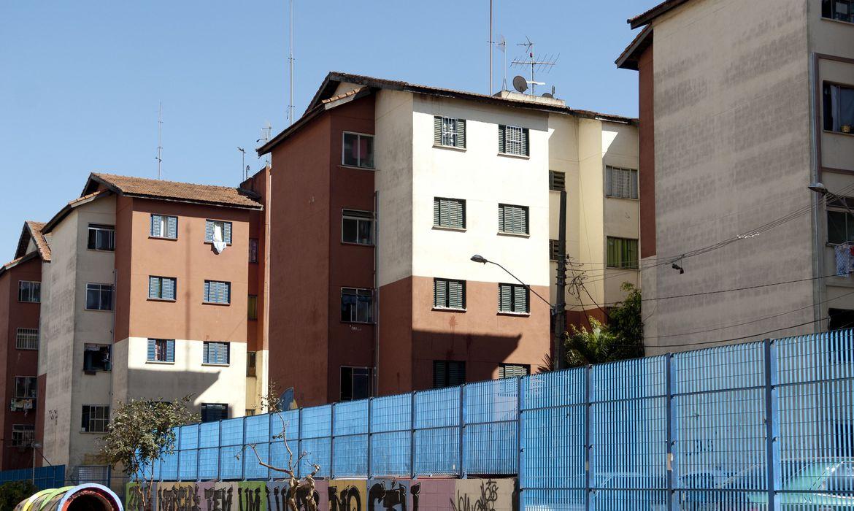 programa - Bolsonaro assina decreto que regulamenta programa Casa Verde e Amarela, sucessor do Minha Casa, Minha Vida