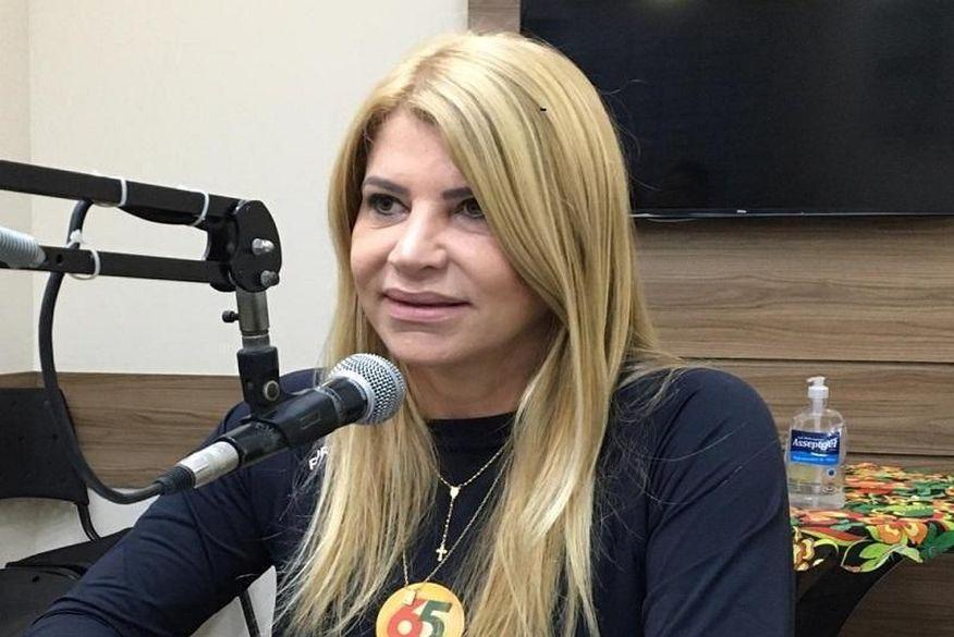 tatiana medeiros - Após roubo de vacinas em carro de enfermeira, Tatiana Medeiros volta a questionar plano de vacinação de Campina Grande