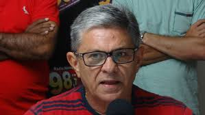FUROU A FILA DA VACINA! Ministério Público investiga prefeito de Pombal