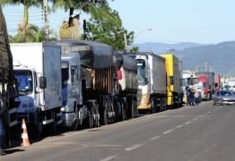 Greve dos caminhoneiros é oficialmente encerrada