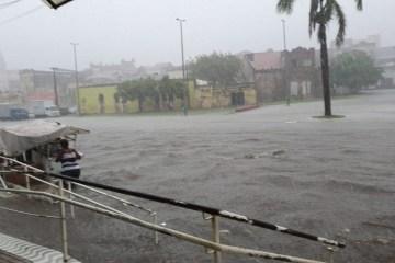 Fortes chuvas causam alagamentos e bloqueios em toda João Pessoa – VEJA VÍDEO