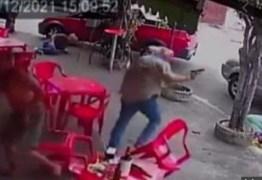 Policial de férias reage a tentativa de assalto e atira contra os bandidos