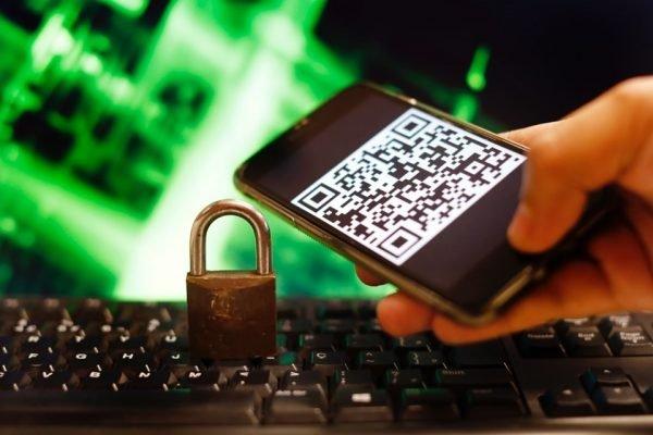 Hackers 600x400 1 - Governo federal apura vazamento de 100 milhões de celulares, inclusive o de Bolsonaro