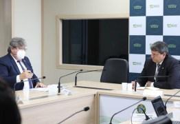 João apresenta obras de mobilidade urbana e dragagem do Porto de Cabedelo em reunião com ministro da Infraestrutura