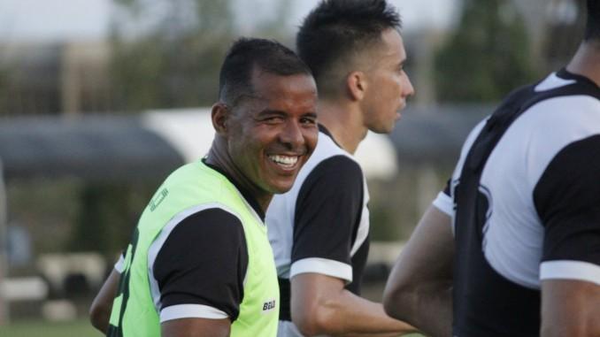 Marcos Aurelio 678x381 1 - Marcos Aurélio analisa trabalho com Marcelo Vilar e elenco mais jovem do Botafogo-PB