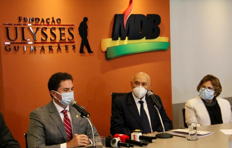 Veneziano 2 - Veneziano ganha apoios para comandar rumos do MDB na Paraíba