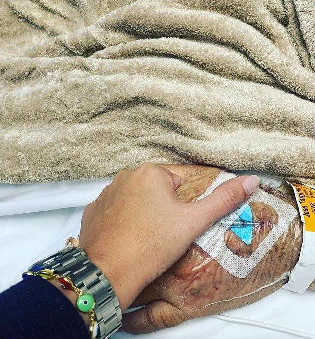 """WhatsApp Image 2021 02 10 at 20.58.41 e1613002489930 - Filha de Zé Maranhão publica foto segurando mão do senador: """"foi exatamente assim que eu estava quando Deus chamou meu pai"""""""