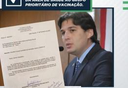 Vereador Milanez Neto solicita que estudantes da área da saúde entrem no grupo prioritário de vacinação contra a Covid-19