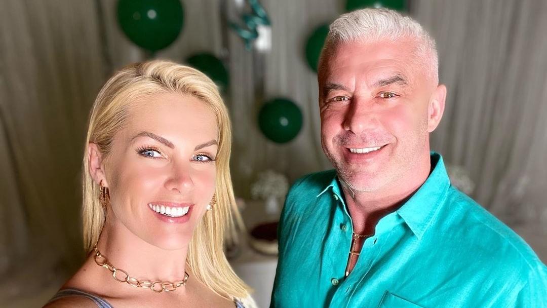 ana hickmann e o marido alexandre correa - 'Forte e corajoso', diz Ana Hickmann comemorando vitória do marido contra o câncer
