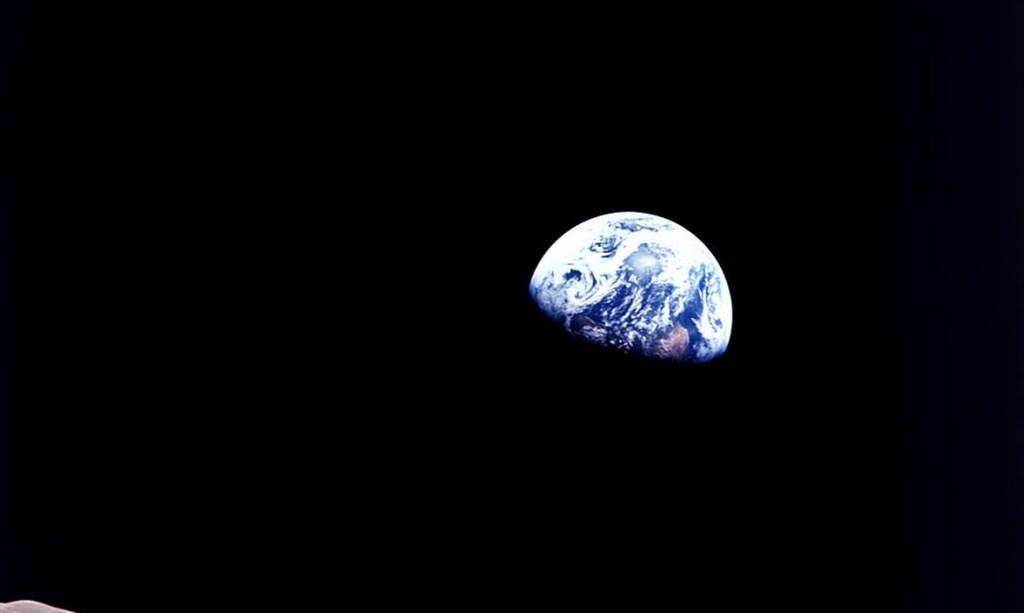 apollo08 earthrise 1024x613 - Agência Espacial Europeia recruta astronautas para viagem à lua