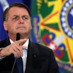 bolsonaro reuters 1 - Bolsonaro diz que povo não quer 'bandalheira do PT' e acusa Fachin de ligações com partido