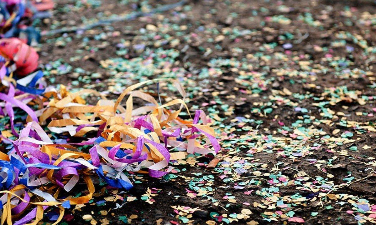 carnaval confete - 'DELÍRIOS DE CARNAVAL': havia um vírus no meio do caminho - Por Marcos Thomaz