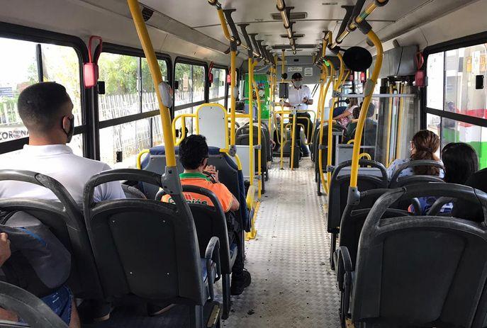 csm onibus 2 foto semob 8db1e2dd47 - CRISE ECONÔMICA: Trabalhadores do transporte coletivo de João Pessoa terão seus salários parcelados
