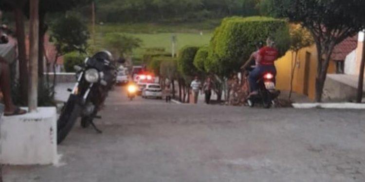 foto2 750x375 1 - CRIME POLÍTICO? Tio do deputado Taciano Diniz, João Carnaúba é assassinado em Curral Velho