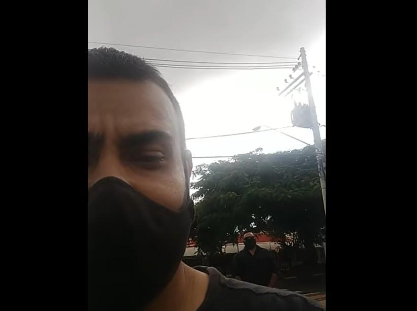 """frota - Eduardo Bolsonaro divulga vídeo de eleitor provocando Alexandre Frota: """"Vai tomá no c*"""" - VEJA VÍDEO"""