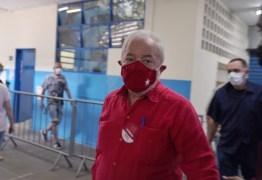 Lula tem alta de hospital de SP após ser internado com bactérias no sangue