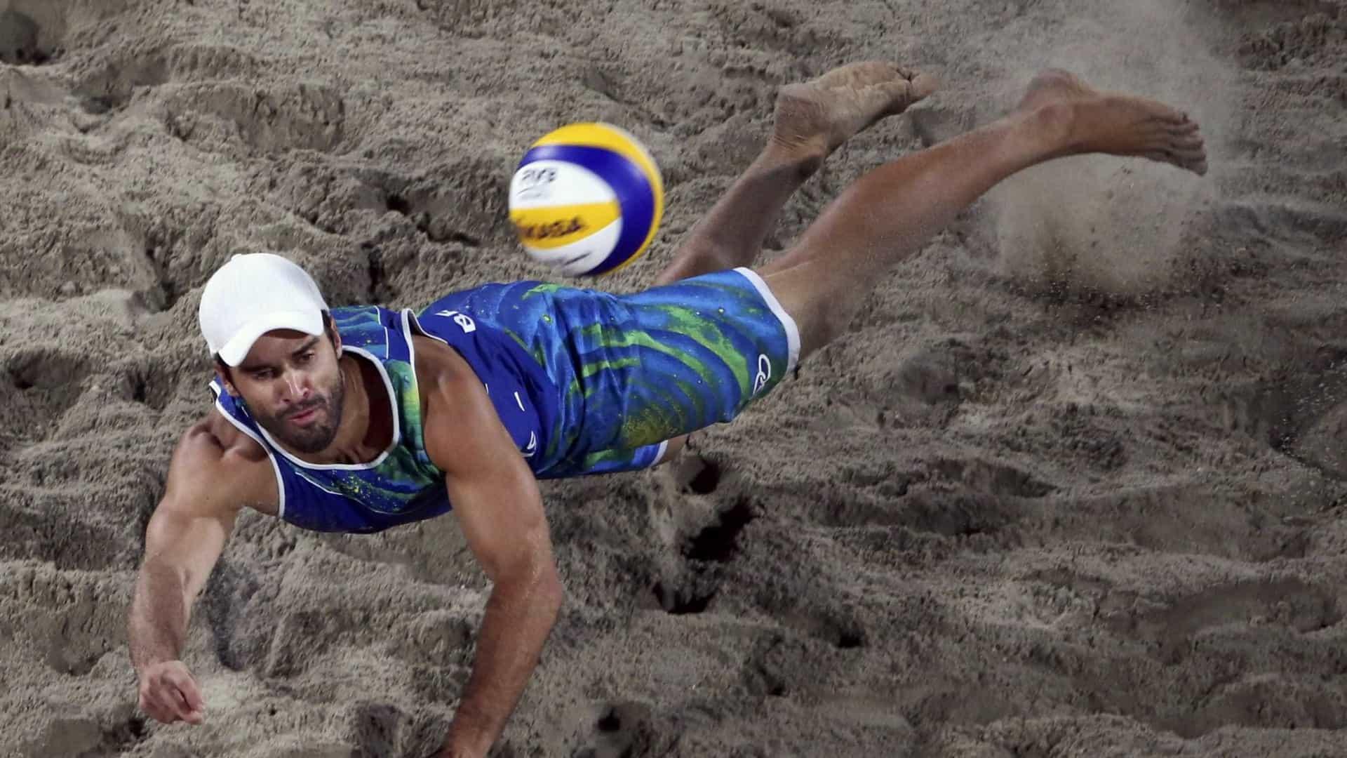 naom 57b74d1552ff7 - Campeão olímpico Bruno Schmidt é internado com covid-19
