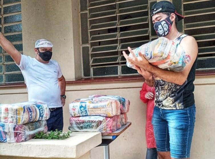 973d603e ca5c 4096 9b57 1e3ca6833e02 - Para minimizar efeitos da pandemia Governo inicia entrega de 250 mil cestas básicas para alunos da Rede Estadual de Ensino