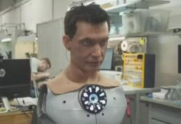 Fábrica na Rússia cria robôs humanoides com rostos realistas – VEJA VÍDEO