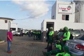 LimpMax atrasa pagamento de funcionários e bairros como Centro, Jaguaribe, Cruz das Armas, Cristo e Alto do Mateus podem ficar sem coleta de lixo