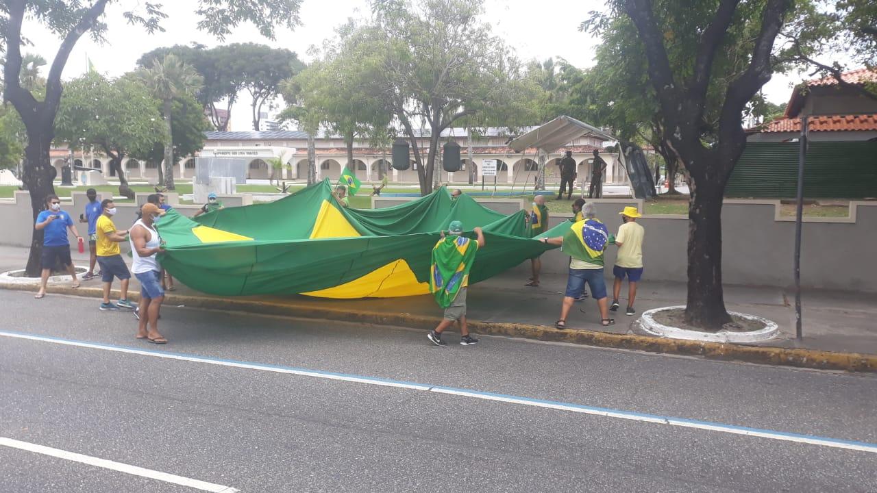 WhatsApp Image 2021 03 14 at 11.40.07 1 - EM JOÃO PESSOA: Grupo faz carreata em apoio ao presidente Jair Bolsonaro - VEJA VÍDEOS