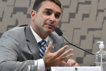 MANSÃO DE FLÁVIO BOLSONARO: Valor é 4x maior que o patrimônio e foi paga com chocolate