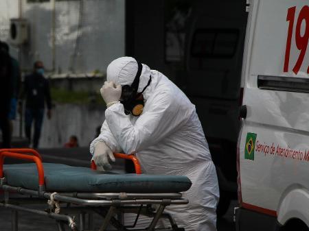 covid 2 - Brasil tem 2.659 mortes por Covid e chega a 20 dias seguidos de recordes de média móvel de óbitos